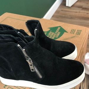 Steve Madden suede high tops
